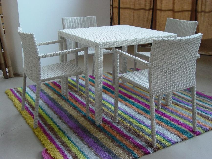 NUSA-T90C tavolo offerta € 180