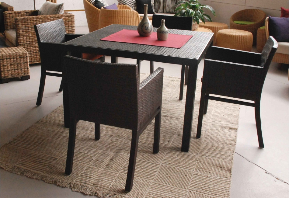 Teka gruppo offerta 600 - Tavolo e sedie in rattan ...